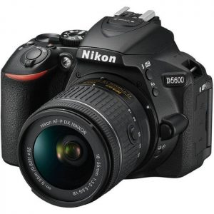 Nikon D5600 18-55mm DSLR Fotoğraf Makinesi
