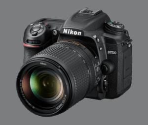 Nikon D7500 18-140mm VR Fotoğraf Makinesi